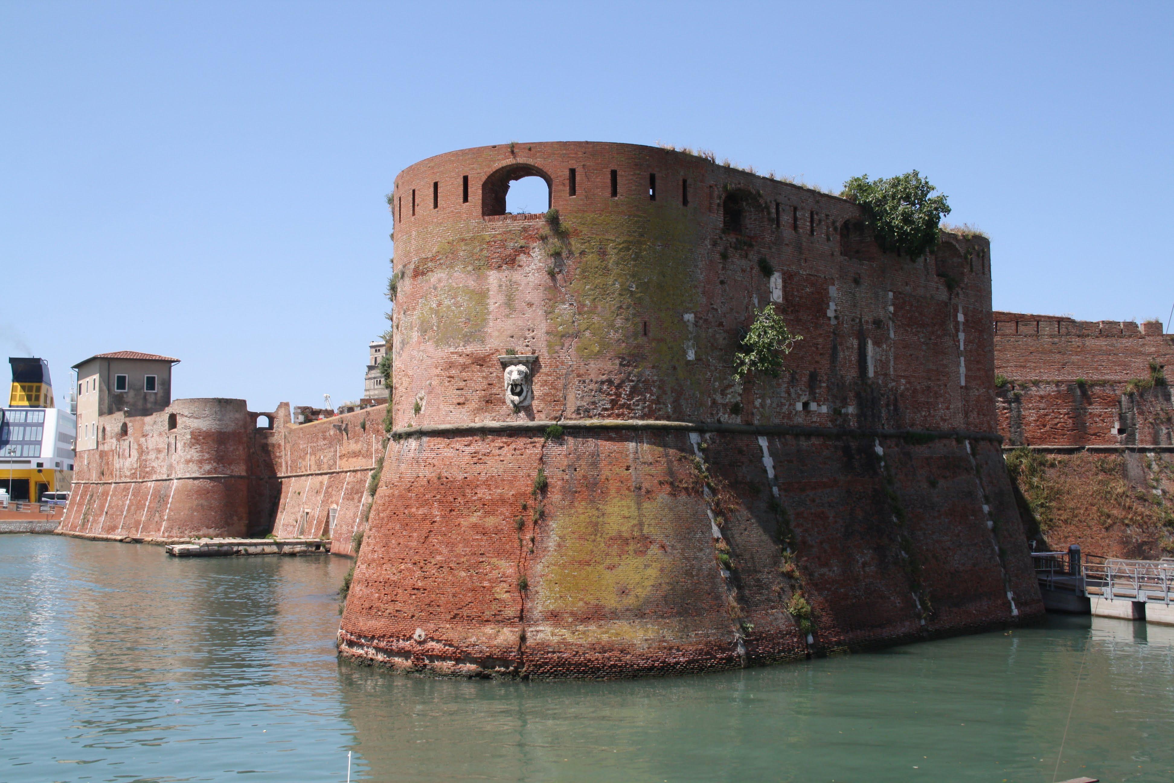 2. Fortezza Vecchia.